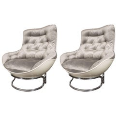 Pair of French Mid-Century Modern Chrome and Fiberglass Lounge Chairs, Airborne
