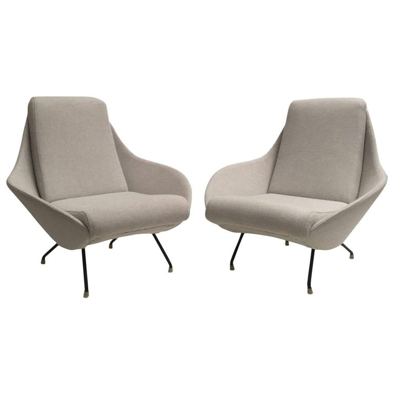 Beautiful Restored Italian Sculptural Mantis Form Lounge Chairs, 1950-1955 For Sale