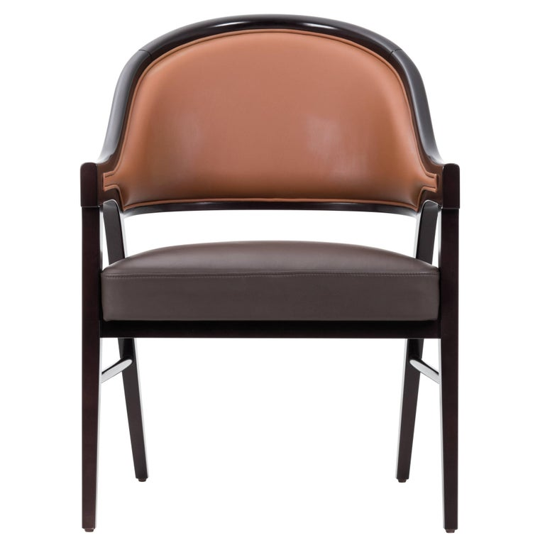 Contemporary Grace Lounge Chair in Genuine Leather and Solid Wood For Sale
