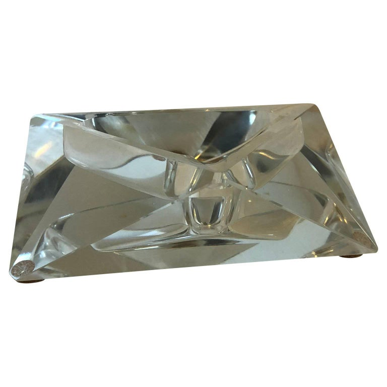 Large Art Deco Baccarat Faceted Crystal Star-of David Ashtray For Sale