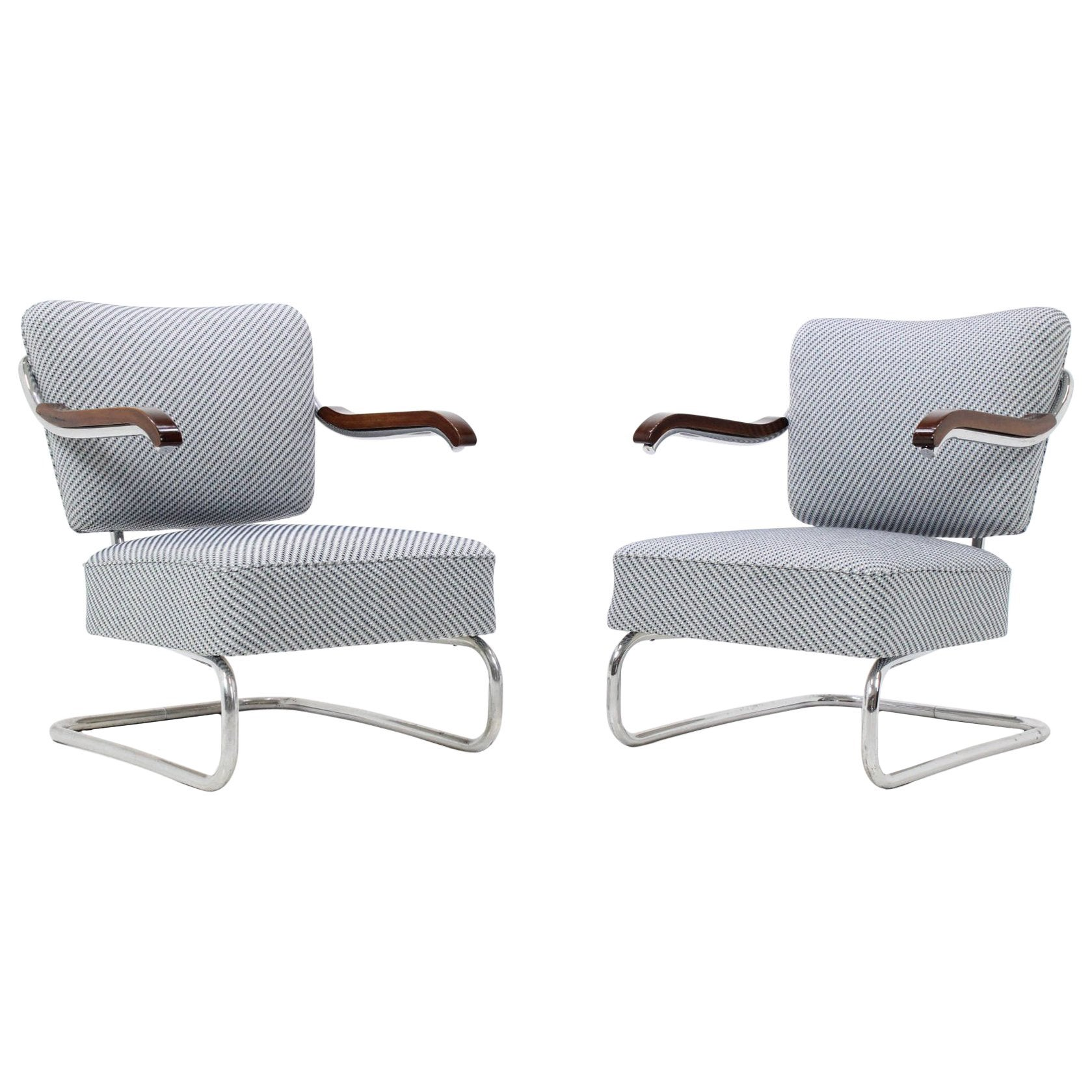 Pair Of 1930 Bauhaus Tubular Steel Armchairs By M Cke