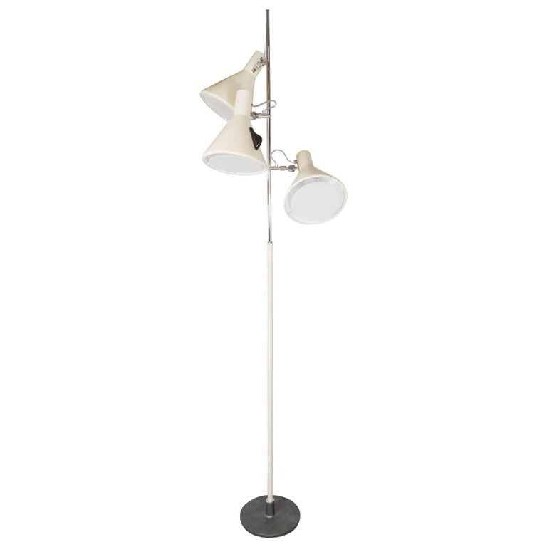 Early Stilnovo Floor Lamp in Cream with Three Lights, Italy, circa 1950 For Sale