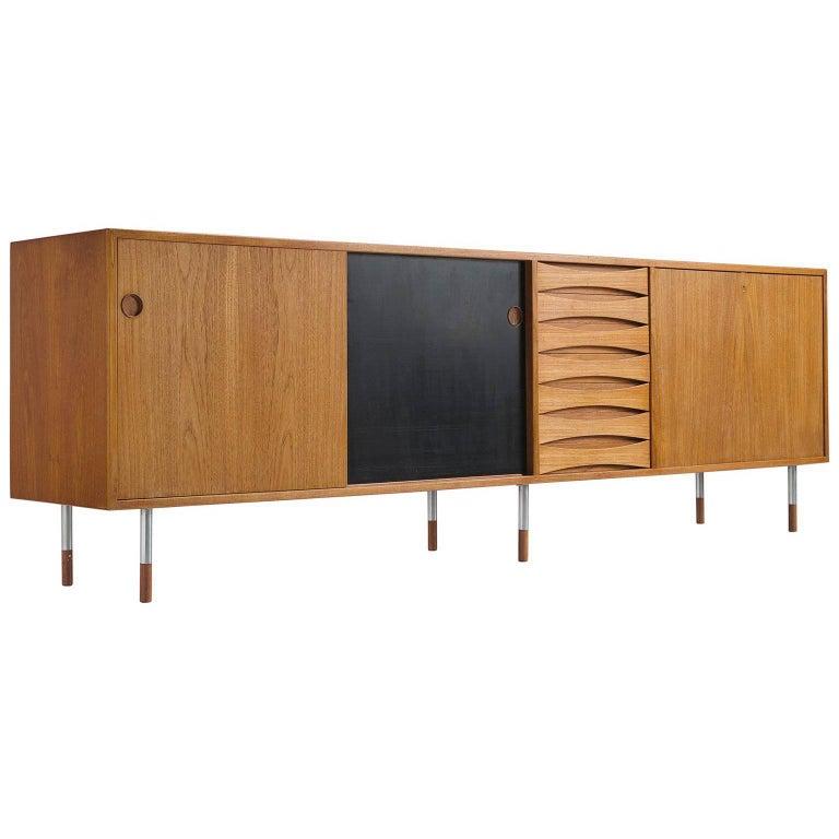 Arne Vodder 'Triennale' Teak Sideboard with Reversible Door