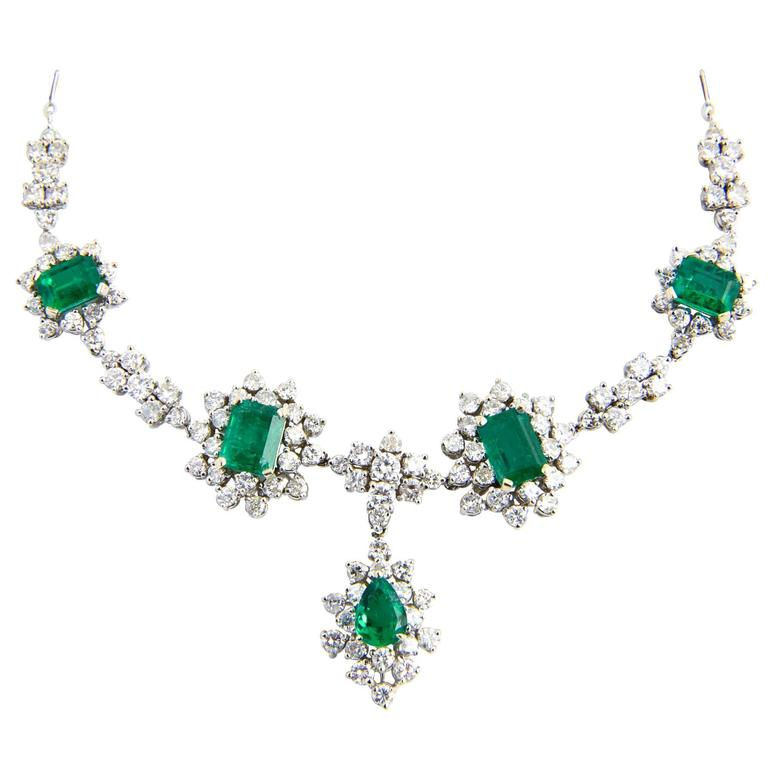 1950s Zambian Emerald, Diamond and Gold Necklace, Red Carpet Style For Sale