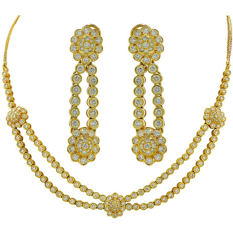 9.60 Carats Diamonds Gold Necklace and Earring Set 1