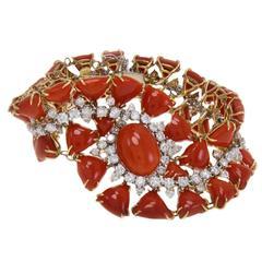 Italian Coral and ct 15,45 Diamond Bracelet