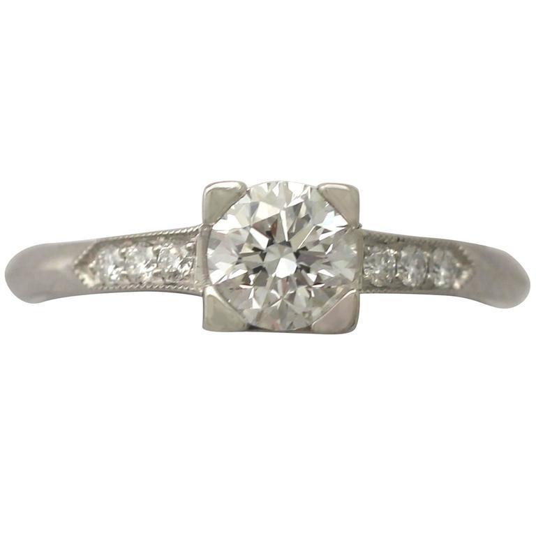 Contemporary 2000s 0.70 Carat Diamond and Platinum Solitaire Ring 1