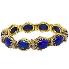 La Triomphe Oval Lapis and Round Brilliant Diamond Yellow Gold Bracelet
