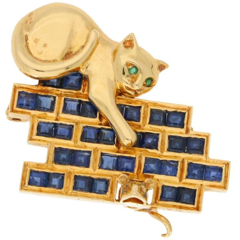 Gold  Sapphire Cat and  Mouse Brooch For Sale