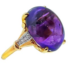 Raymond Yard Amethyst Yellow Gold Ring