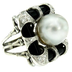 Vintage Onyx Pearl Diamond Gold Ring