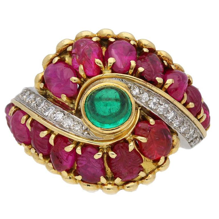 Marchak Cabochon Emerald, Carved Ruby and Diamond Ring, French, circa 1950 For Sale