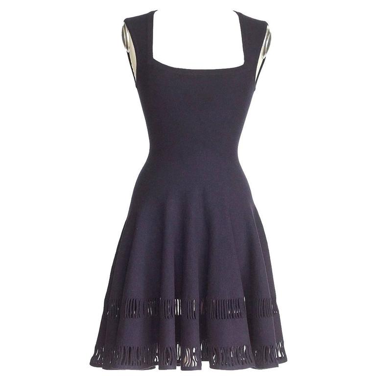 Azzedine Alaia Dress Navy Skater Skirt Laser Cut Hem 38 / 4  nwt Gorgeous For Sale