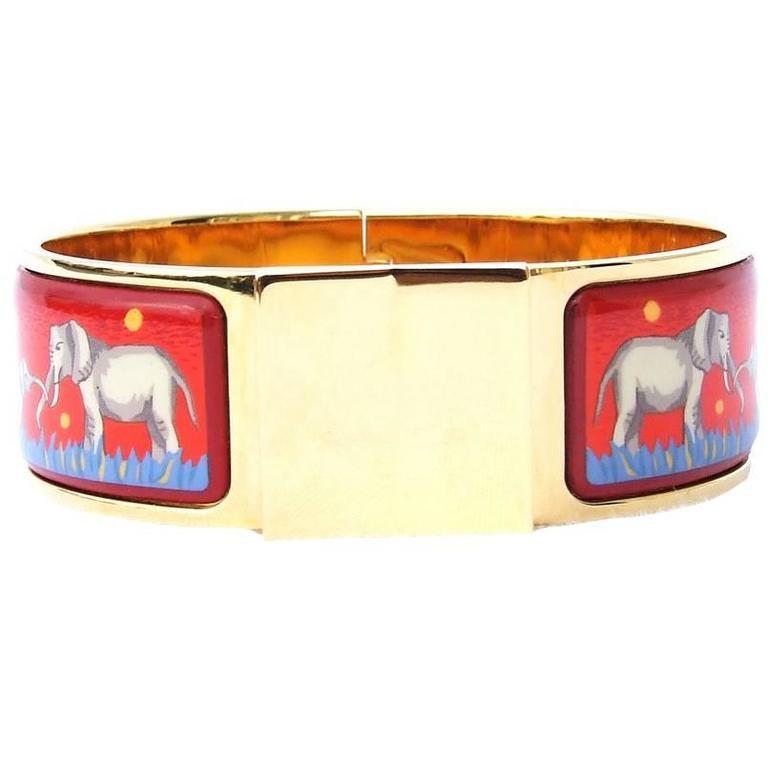 hermes clic clac bracelet elephant grazing red ghw size pm at 1stdibs. Black Bedroom Furniture Sets. Home Design Ideas