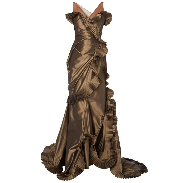 Dior brown dress, circa 2003 For Sale