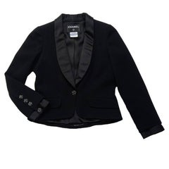 CHANEL Short Black Tuxedo Jacket in Wool Size 40FR