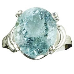 Oval Aquamarine in Sterling Silver Ring