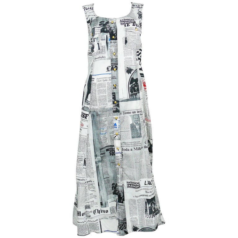 5e63170b70dbd Moschino Vintage Iconic Newspaper Print Dress US Size 14 For Sale at ...