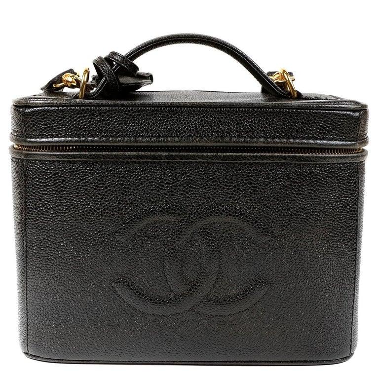 ea6da396aad9ea Chanel Black Caviar Vintage Vanity Case Handbag For Sale at 1stdibs