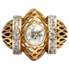 Retro Barrel Shaped Diamond and Gold Ring