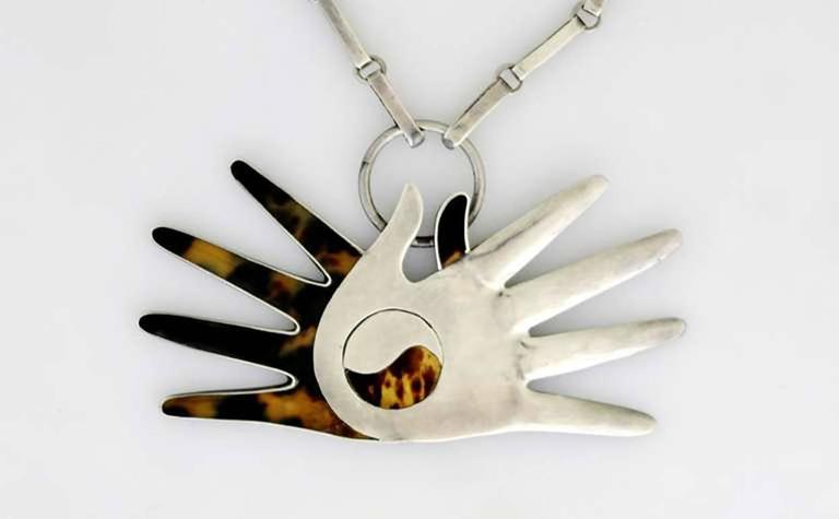 William Spratling Sterling Silver Shell Crossed Hands Necklace 1951 For Sale 4