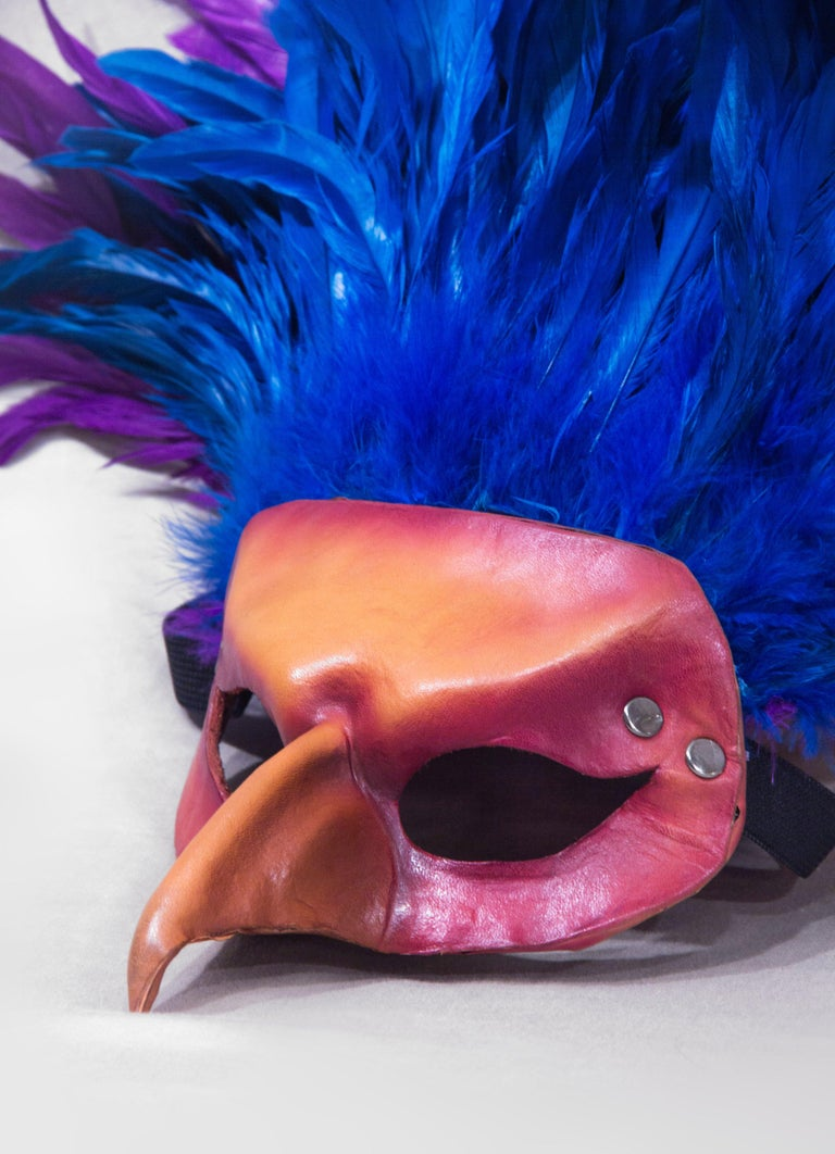 Feathered Leather Carnivale Mask In New Condition For Sale In Brooklyn, NY