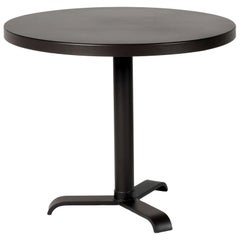 Gueridon 77 Large Round Pedestal Table in Essential Colors by Tolix