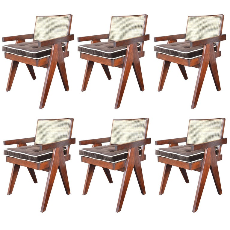 Set of 6 Teak Chairs in the Style of Pierre Jeanneret