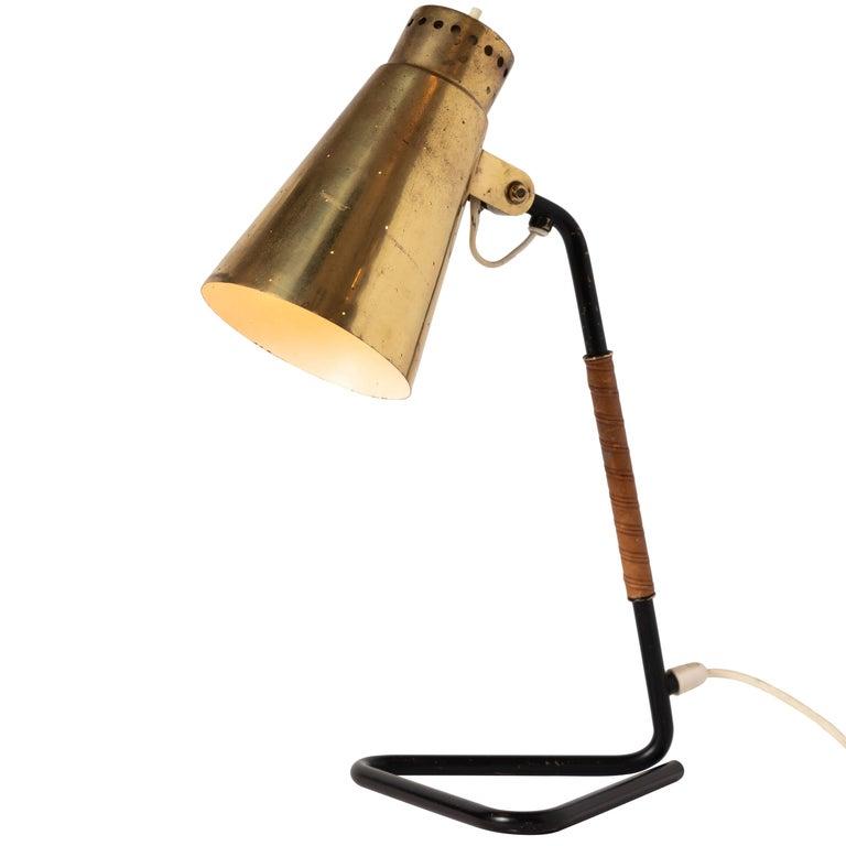 1950s Mauri Almari Brass and Metal Table Lamp for Itsu
