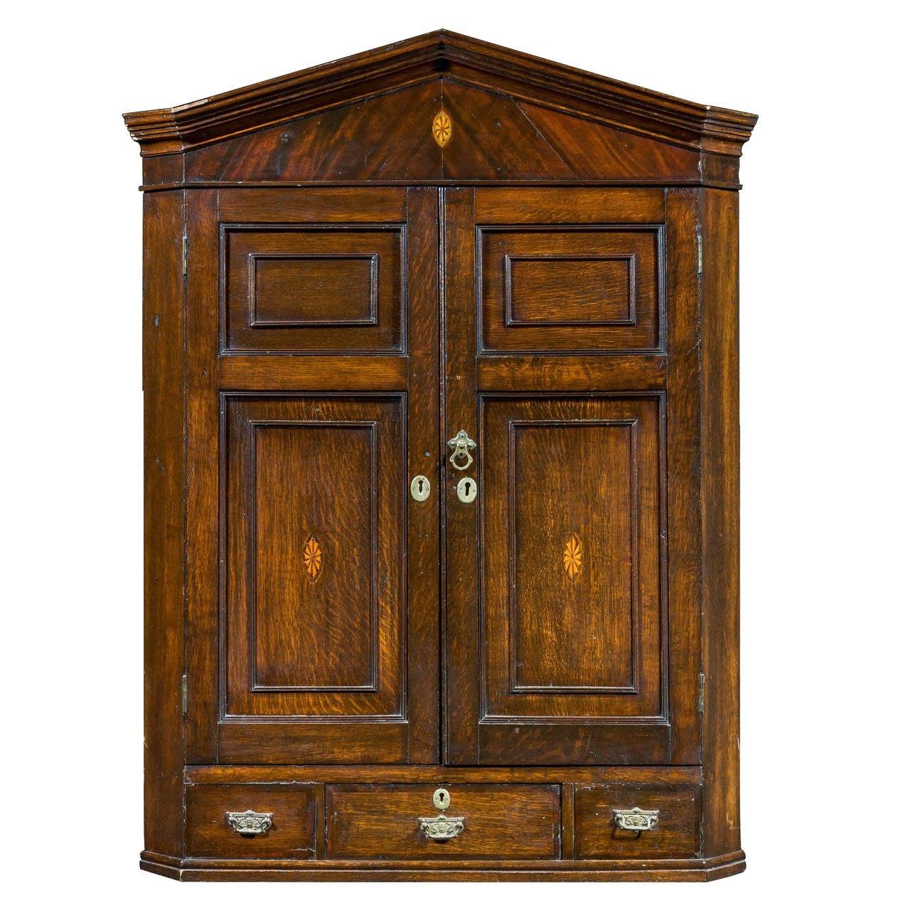 18th Century Oak Hanging Corner Cupboard