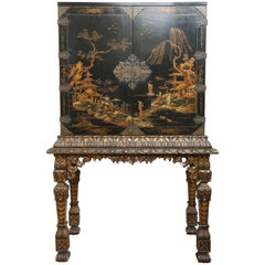 Chinoiserie Cabinet on Gilt Stand