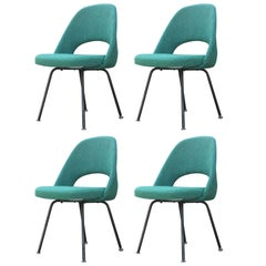 Set of Four Modern Eero Saarinen for Knoll Green Armless Executive Side Chairs