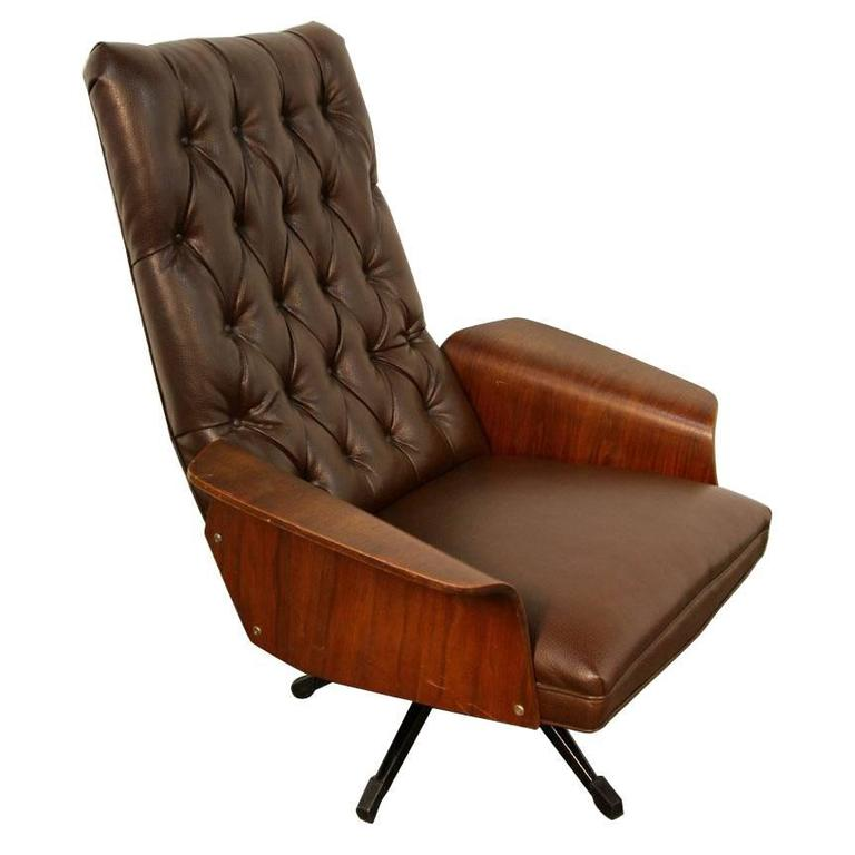Mulhauser Tufted Back Lounge Chair by Plycraft For Sale at 1stdibs