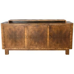 Substantial German Art Deco Buffet in Finely Figured French Walnut