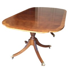 Baker Furniture Historical Charleston Mahogany Pedestal Dining Table