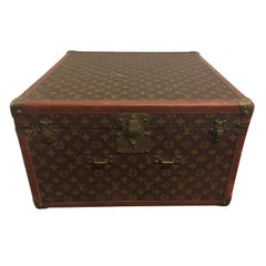 Vintage Louis Vuitton Hat Box
