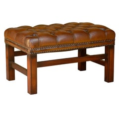 English Mid-Century Wooden Bench with Brown Tufted Leather Seat
