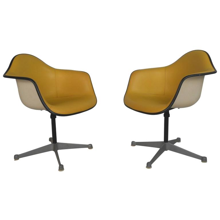 Pair of Charles Eames for Herman Miller Bucket Chairs For Sale at ...