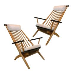 Pair of Stunning Handcrafted Tateishi Shoiji Lounge Chairs in Walnut and Oak