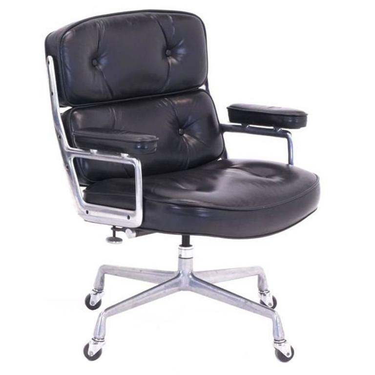 Original Eames for Herman Miller Time Life Desk Chair on Casters at ...
