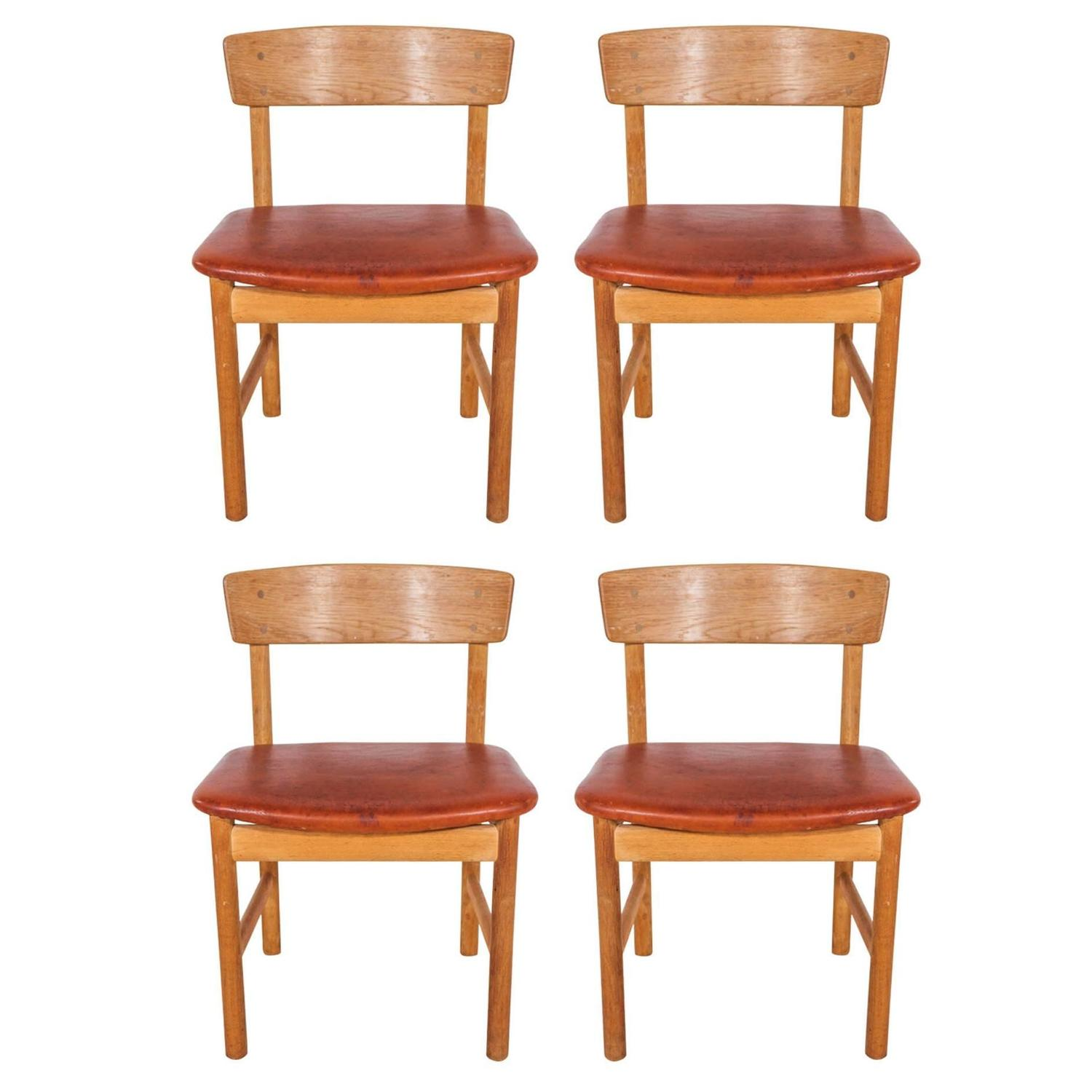 Set of 4 Borge Mogensen Oak and Leather Curved Back Sound Series
