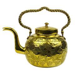 Arts and Crafts English Brass Tea Kettle, circa 1890