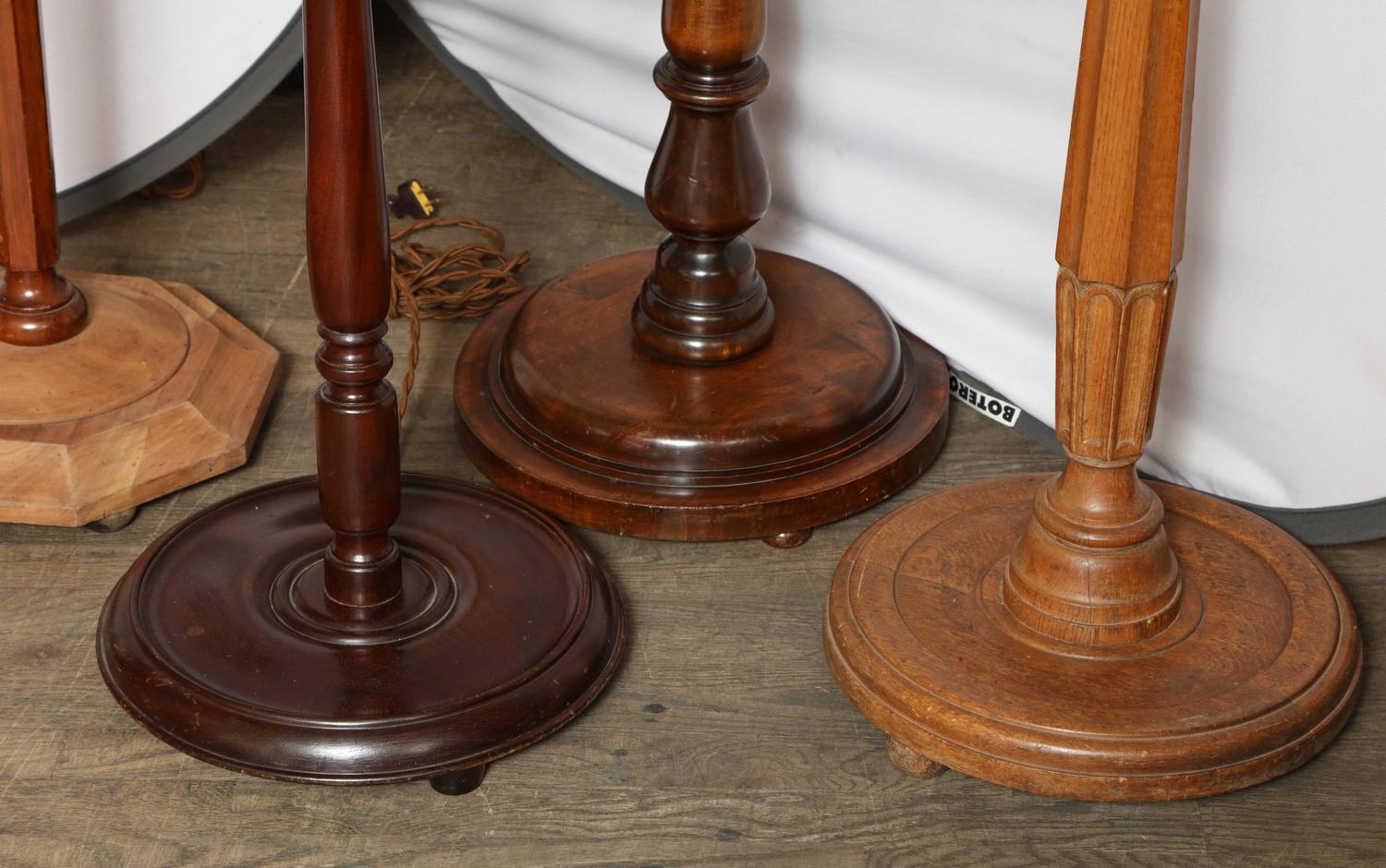 collection of antique english floor lamps for sale at 1stdibs. Black Bedroom Furniture Sets. Home Design Ideas