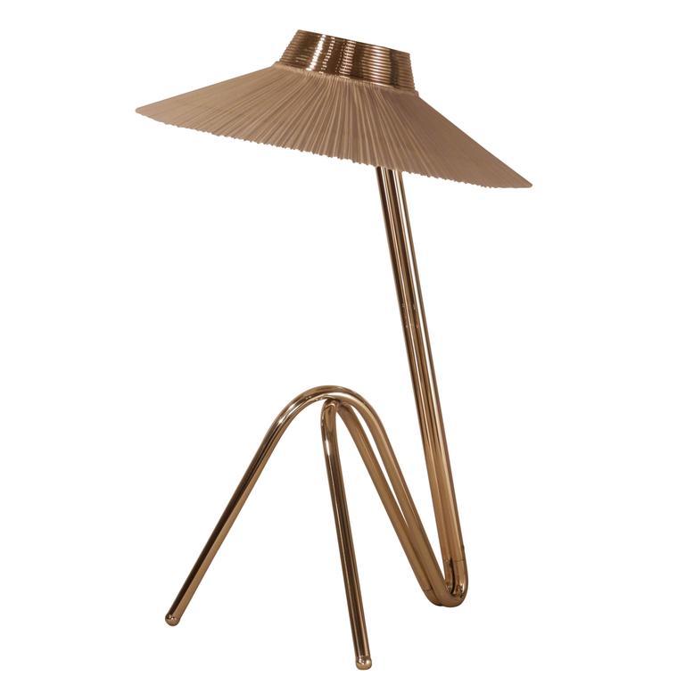 Freevolle scuplture Table Lamp, glossy Brass finish ivory Pleated linen Handmade