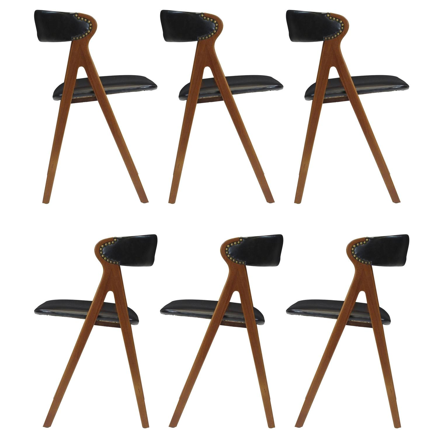 Difference Between Bar Stool And Counter Stool Images  : 3278632orgz from www.favefaves.com size 1500 x 1500 jpeg 97kB