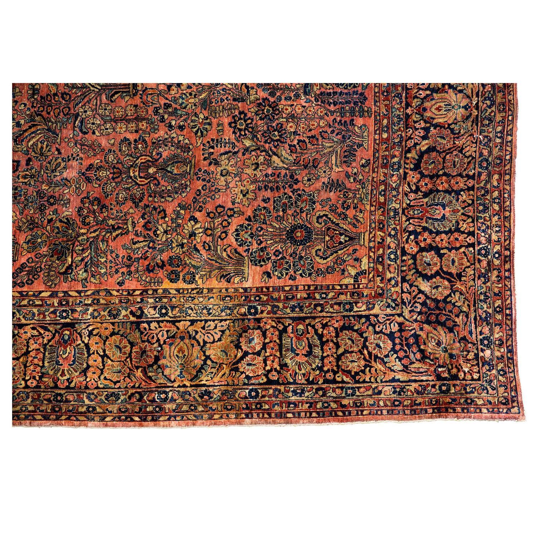 Antique persian sarouk rug at 1stdibs for Oriental rug