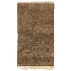 Minimalist Tulu Rug in Solid Natural Brown Wool