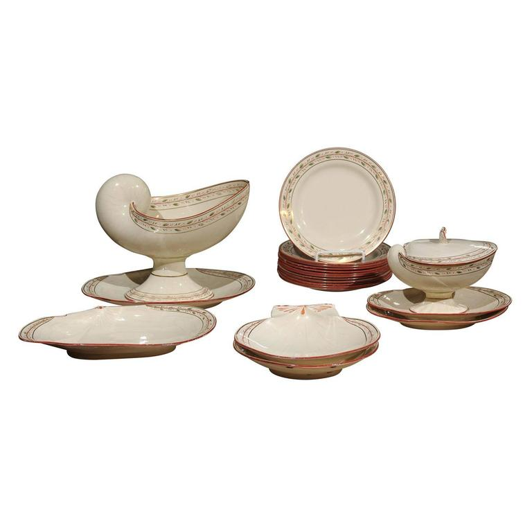 Early 19th Century 20-Piece Wedgwood Seashell and Seaweed Set, Maker Marked