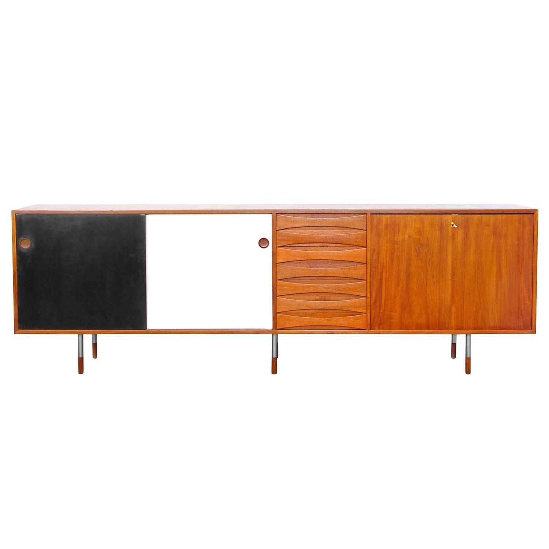 Teak sideboard by arne vodder 29a sibast danish modern for Sideboard 250 cm