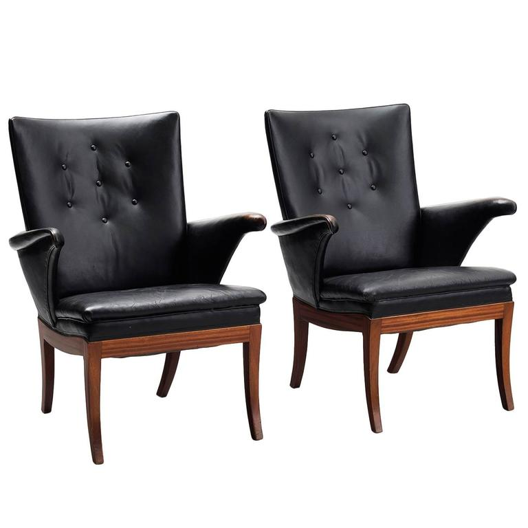 Frits Henningsen Pair of Armchairs in Mahogany and Original Black Leather